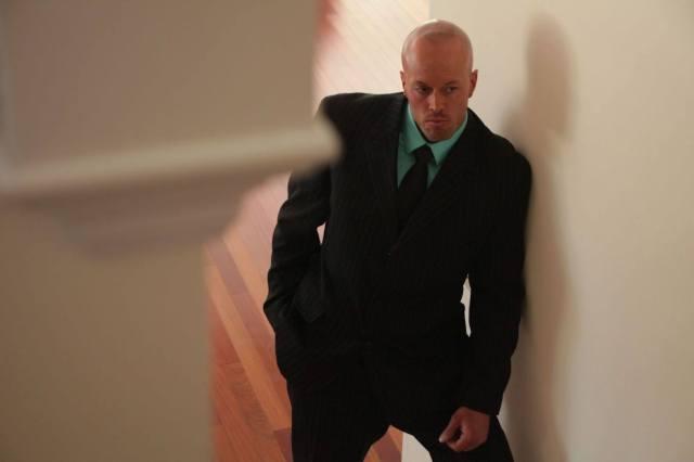 Model John Quinlan as Brendt.